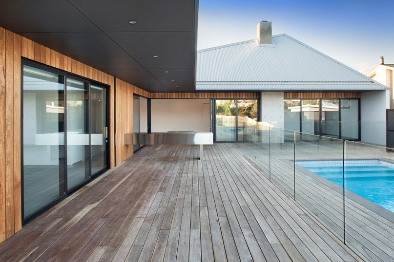 vibe design group covers house in melbourne