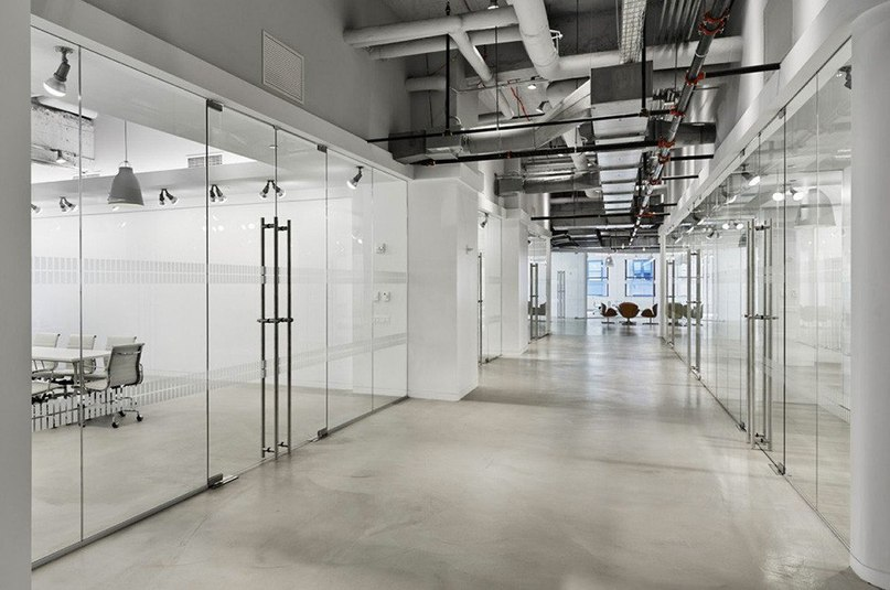 Офис компании LF USA в зданиии Эмпайр-стейт-билдинг  Дизайнеры