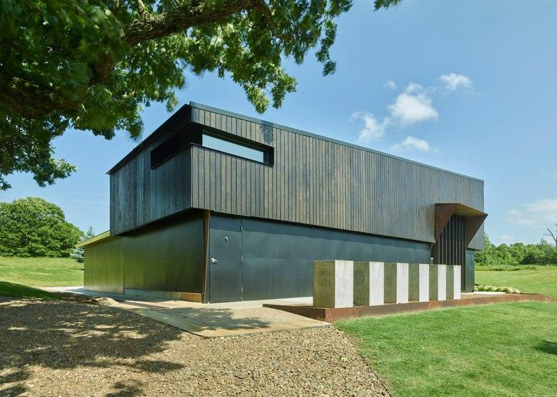 Modus Studio turns old workshop into Manzeum