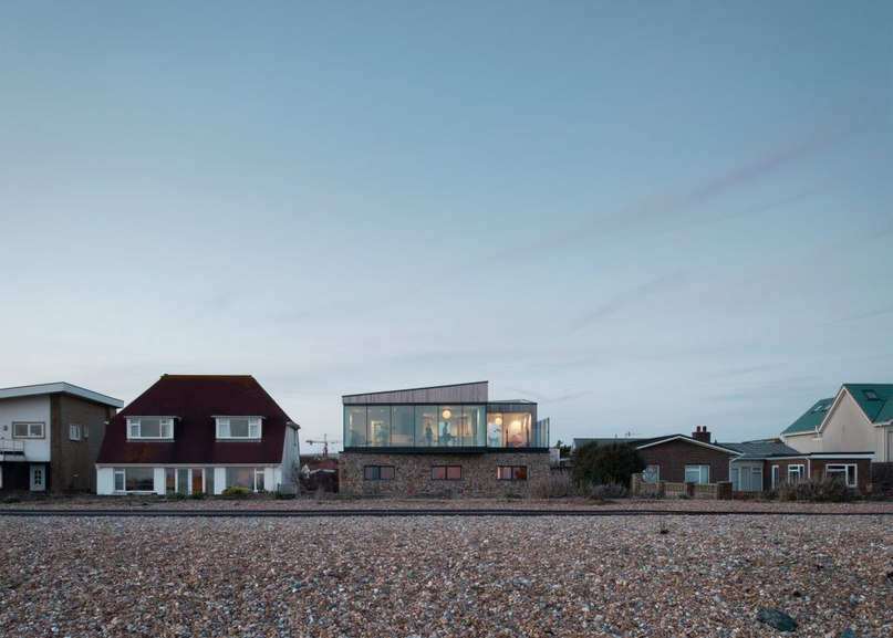 Shoreham Beach House by ABIR Architects features
