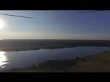 Аэросъемка с квадрокоптера полёта на паралёте.