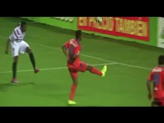 Best Football Skills Ever - Humiliating Skills in Football - 2 HD