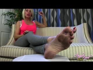 Sexy blonde pov dirty soles