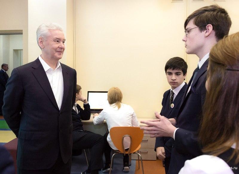 Собянин: Школы помогут детям выбрать будущую профессию // mos.ru