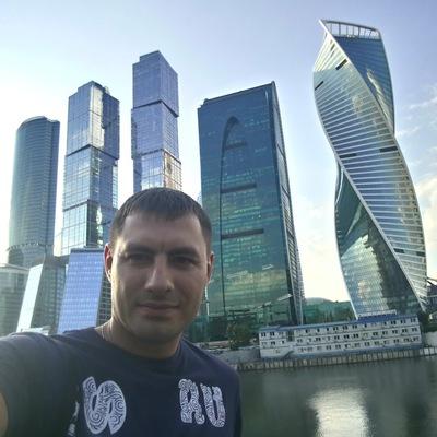 Алекс Панов