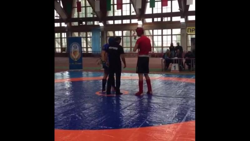Финальный поединок Хмары Богдана завершился одним точным ударом ногой на 8 секунде. Секундант оппонента отказался от продолжени