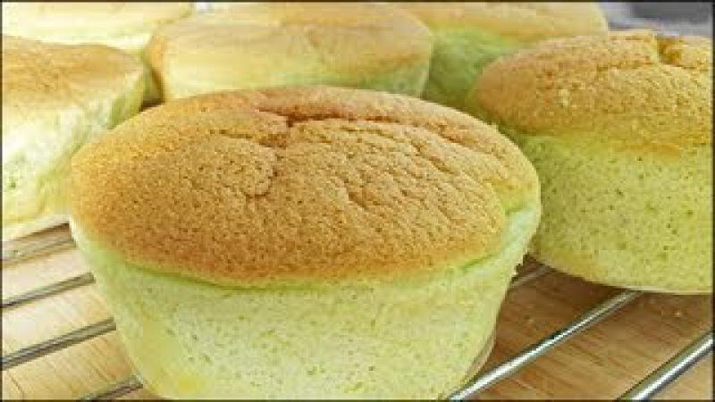 Pandan Chiffon Cupcakes (班兰戚风杯子蛋糕) **