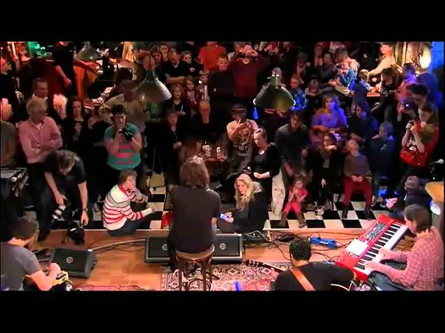 Waylon - 'You Are So Beautiful' (cover Joe Cocker) live @ Top 2000 Café | NPO Radio 2