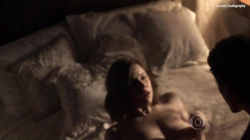 Элис Уэгманн (Alice Wegmann) голая в сериале Опасные связи (Ligações Perigosas, 2016) s01e08