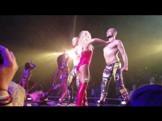 Britney spears - Stronger ⁄ Crazy (Piece of me Las Vegas show)
