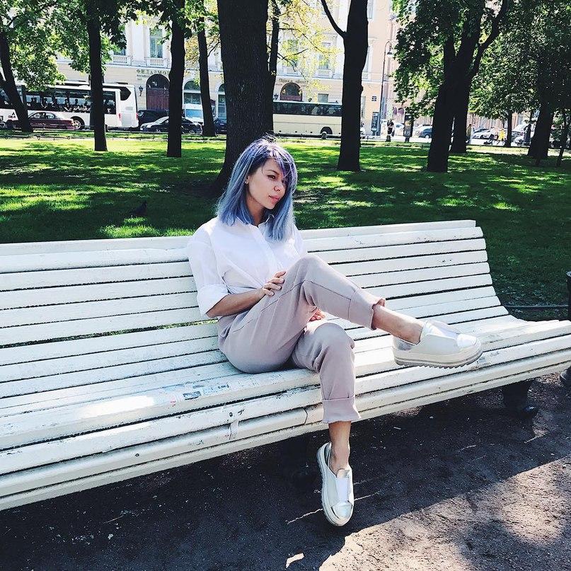 Лина Дембикова | London