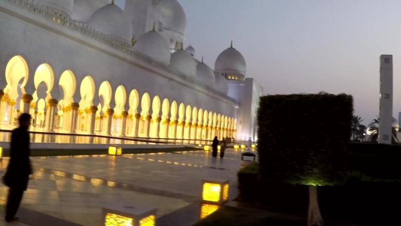 ОАЭ, Абу-Даби, Мечеть шейха Заида