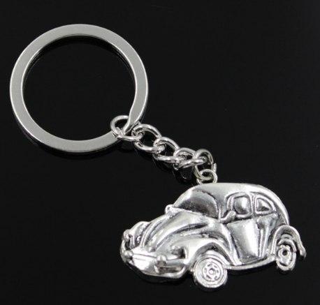 Купить брелок в виде ретро машинки на ключи.