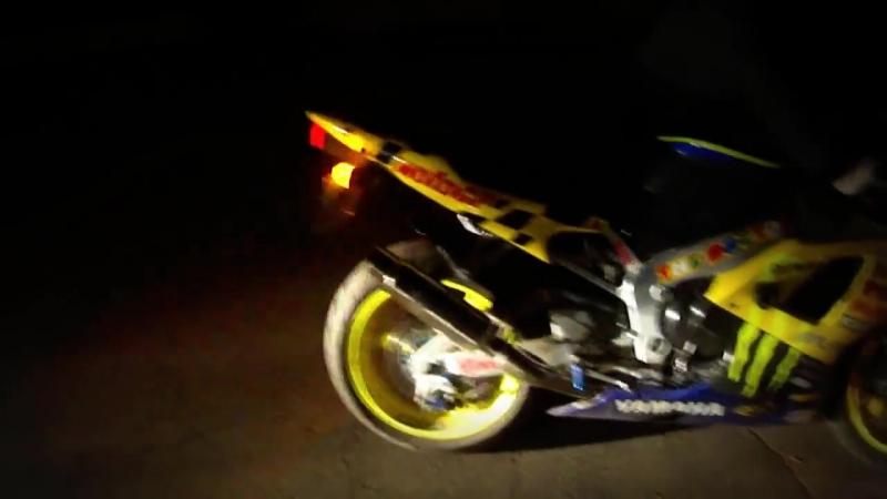 Yamaha R1 Fire ( желтый Дракон ) ( yellow Dragon )