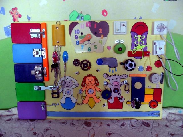 Бизиборд для развития ребенка Tiny Love Развивающая игрушка своими руками