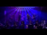Выступление The Roots и Bilal с песней «It Aint Fair» на шоу Джимми Фэллона