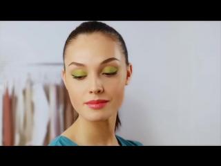Видеоурок - выразительный макияж для летней вечеринки