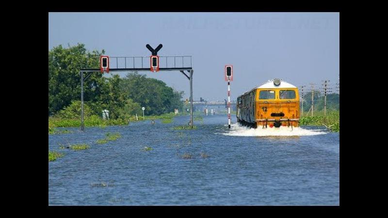 SRT Thailand Big Flood 2011 HD , รถไฟไทยลุยน้ำท่วม 19.10.2011