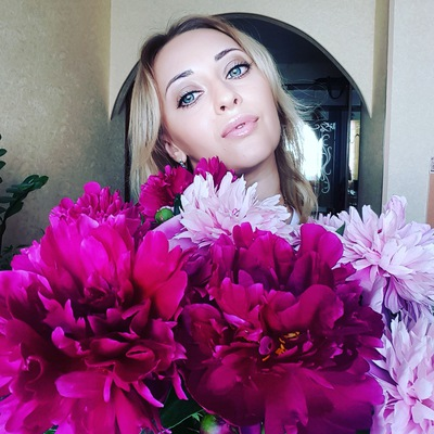 Елена Артамонова