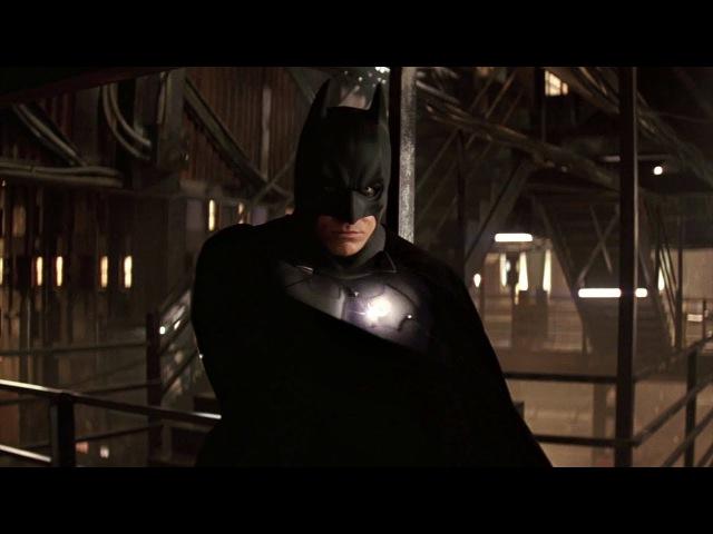 Бэтмен спасает Рэйчел от наёмников Фальконе Бэтмен Начало 2005