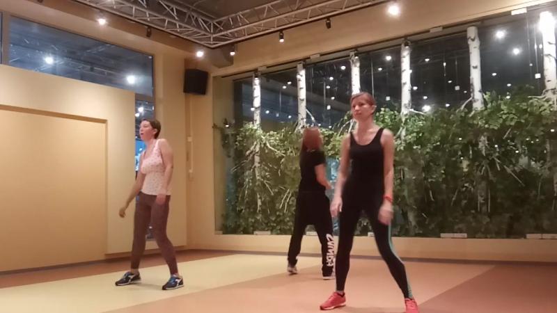 Lucete En La Disco - Moombahton