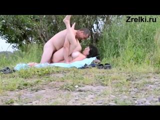 Сисястую мамашу жестко трахает папша на природе домашнее частное любительское homemade parental outdoor sex. mature busty mom