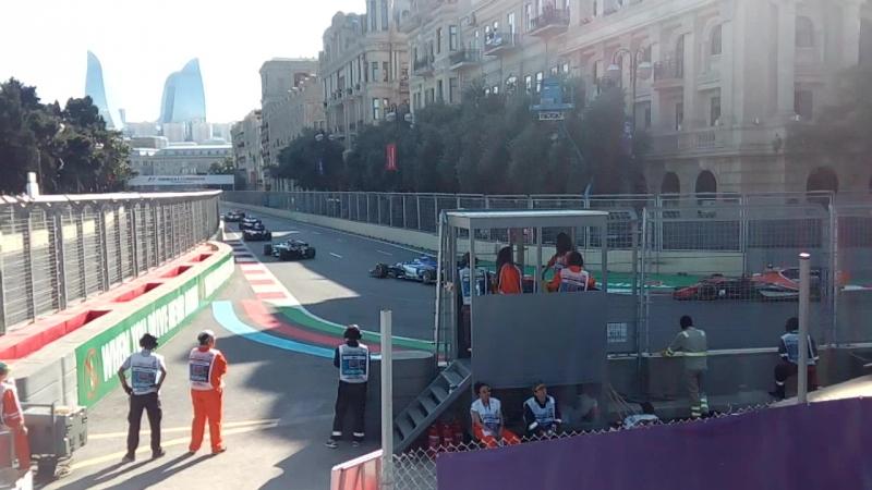 Первый круг гонки AzerbaijanGP F1Baku