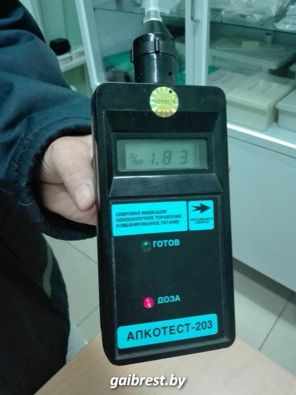 В Ольшанах сотрудники ГАИ задержали за рулем пьяного одиннадцатиклассника