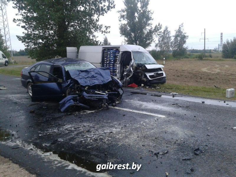 В Березовском районе в крупной аварии пострадали три человека