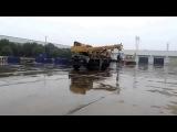 Короткобазный внедорожный кран XJCM, модель QRY30A, 30 тонн, Китай, 2013 г, тест