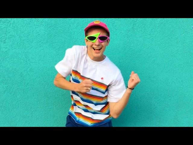 Crazy boi duz crAzy dance M0ves !! (very inspirational)