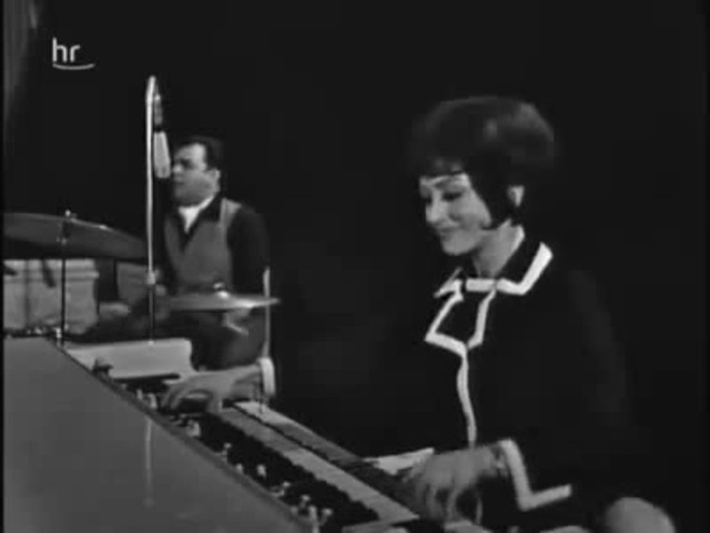 Wild funky 60s hammond queen, Cherry Wainer!