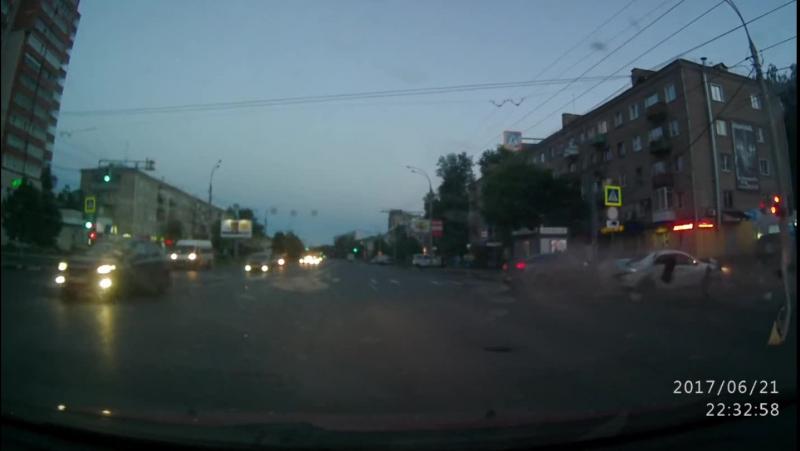 ДТП, Лежневская и Воронина