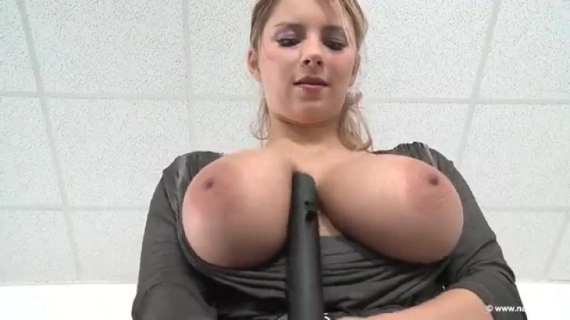 секс машина связанная телка