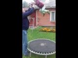Сашка прыгунок)))
