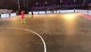Эффектный финт Роналдиньо из футзального чемпионата Индии
