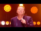 UB40 - (I Can't Help) Falling In Love With You   Live Discoteka 80 Moscow 2016 FullHD