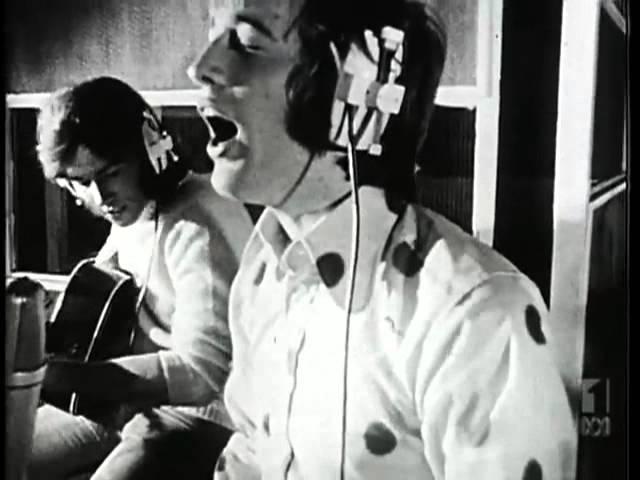 Bee Gees My World (1972)