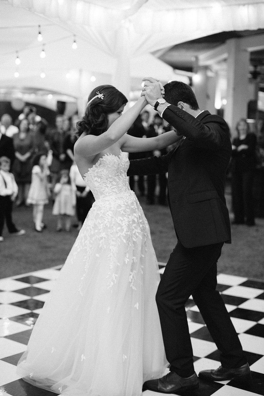 1IjG9TSKKRo - Свадьба Ричарда и Джанет (32 фото)
