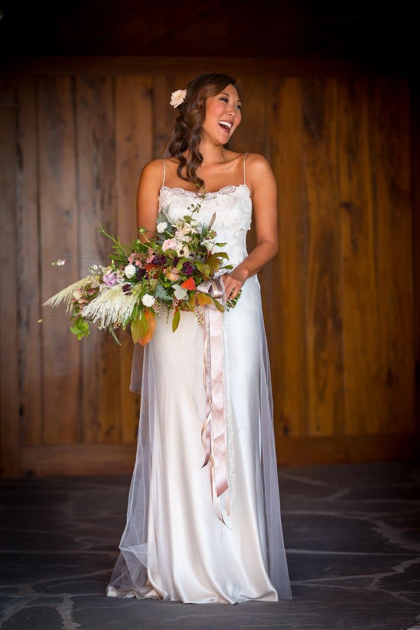 NUd1GWlQkoc - Ее интересовали расценки на услуги свадебных ведущих... (25 фото)