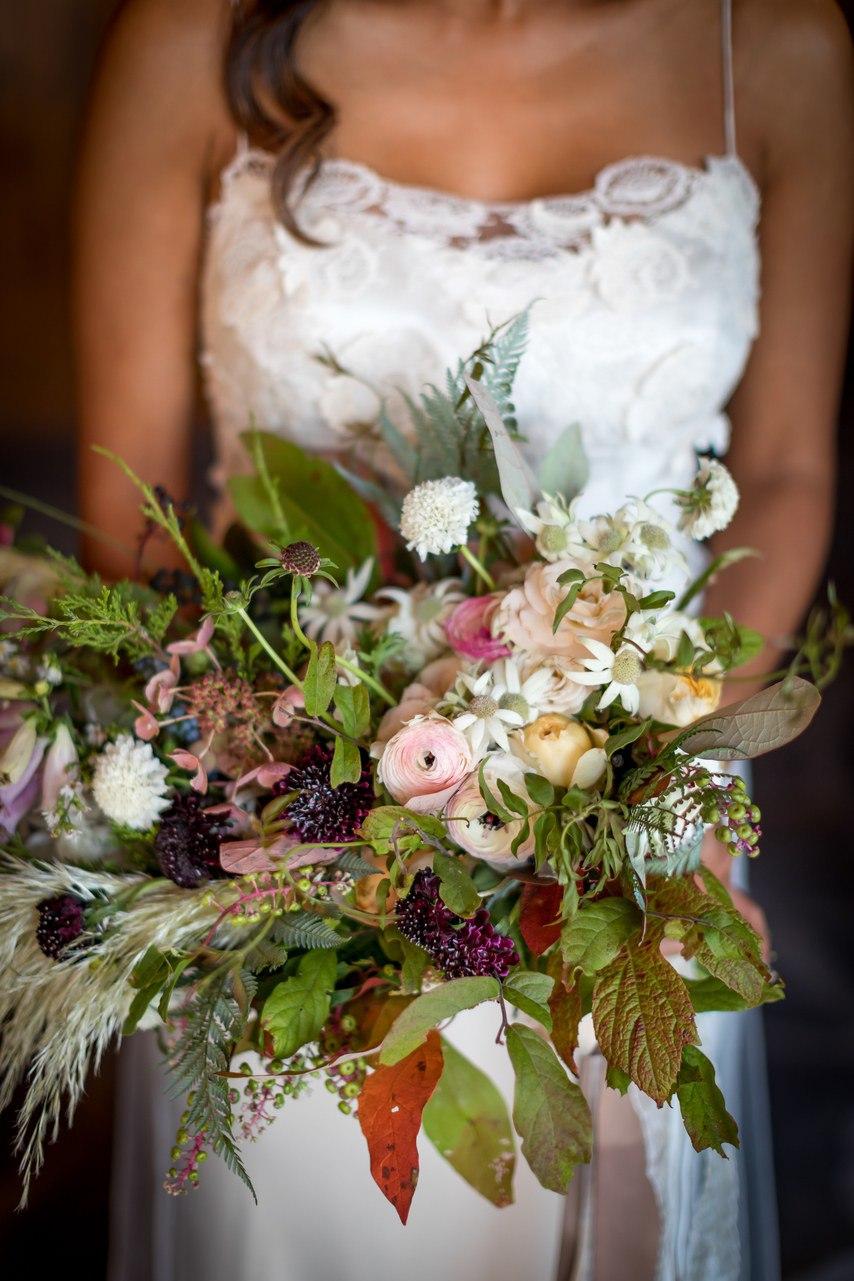 PiyyYXL1ZCU - Ее интересовали расценки на услуги свадебных ведущих... (25 фото)