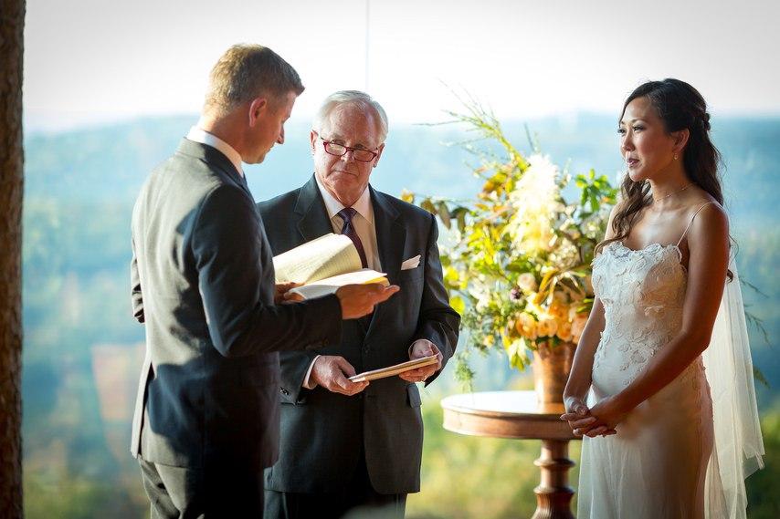 ctllFsME6XU - Ее интересовали расценки на услуги свадебных ведущих... (25 фото)