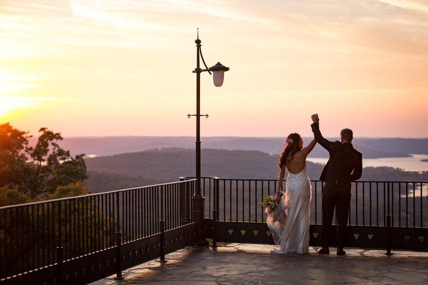 359WXHFtrY - Ее интересовали расценки на услуги свадебных ведущих... (25 фото)