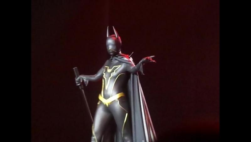 Одиночное неазиатское дефиле (Бэтмен)