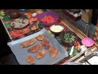 Отбивные С Помидорами , Зеленью , Сыром. Экономные Блюда из Куриного Филе