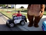 Маша и Медведь в Америке ВСТРЕЧАЕМ ГОСТЕЙ и Подарки Маша и Медведь новые серии 2016 Видео для Детей