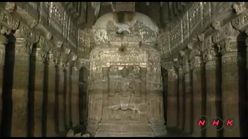 Grotte bouddhiste inde .