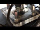Прозрачная головка цилиндра на мопеде