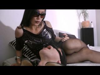Ashtray Slave of Goddess Leyla