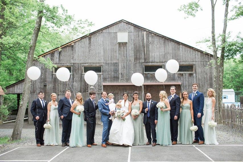 cMhlVxhVYv8 - Свадьба Томаса и Абигель (25 фото)